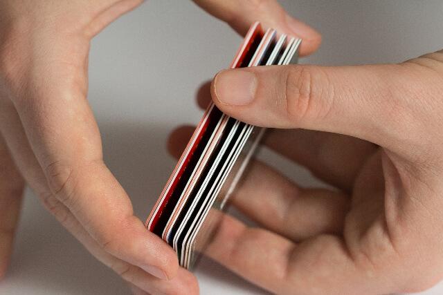 クレジットカードの審査はどれくらいかかる?審査落ちしてもカードを作るポイント