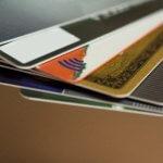 一般的なクレジットカードとゴールドカードを比較した結果